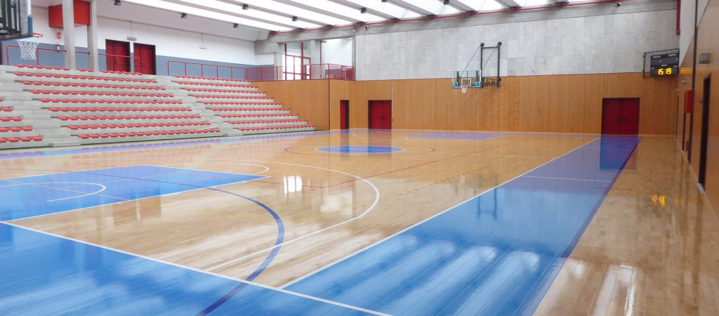 sports-parquet-of-absolute-value-with-FIBA-painting-istrana-gym-sports-hall-dalla-riva-sportfloors-12